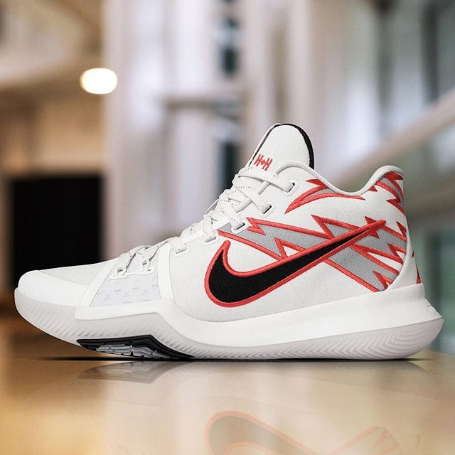 """Kyrie Irving, who just dropped 22 points and 11 assists tonight, wore a #Kyrie3 PE inspired by """"Greased Lightning"""", the iconic car from the Grease musical. For a closer look at the shoes, tap the link in our bio. #F4F #sneaker #FF #sneakerholics #sneakernews"""