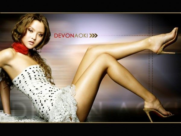 Commercial Print Agencies, Height and Petite Modeling