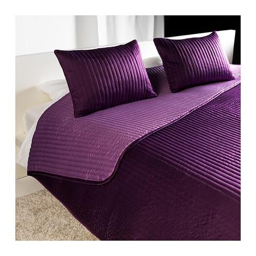 KARIT Colcha y 2 fundas almohada IKEA Colcha reversible; de color claro por un lado y oscuro por el otro.