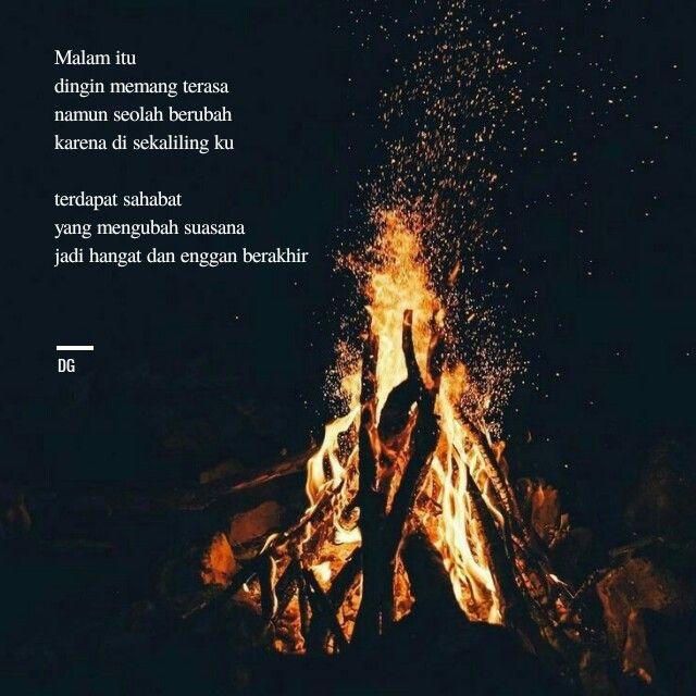 Api Unggun Di Malam Gelap Api Unggun Malam Fotografi