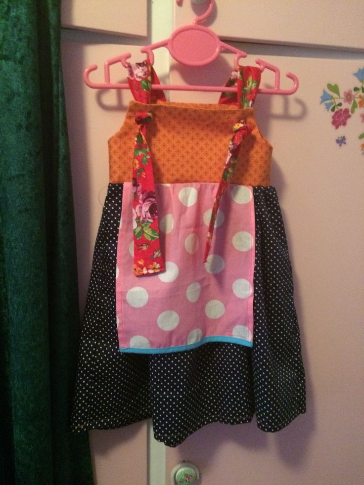 Apron knot dress, made with fabric leftovers