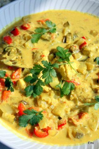 白身魚のココナッツカレーと春野菜オンパレードの献立