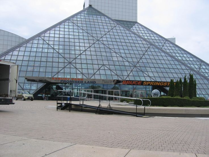 Amramp Cleveland installed this wheelchair ramp rental for just one day for an event at The Rock and Roll Hall of Fame in Cleveland, OH. Check our website to see how we can make your event or facility ADA compliant - www.amramp.com