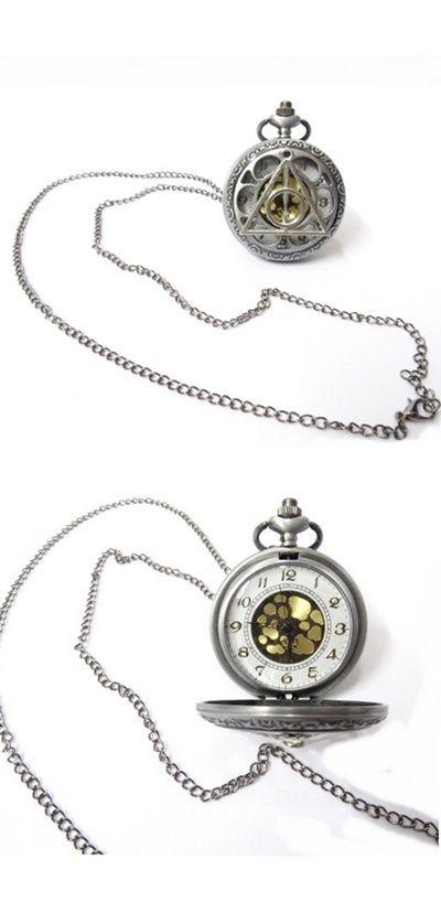 Relógio de bolso com símbolo das Relíquias da Morte ...