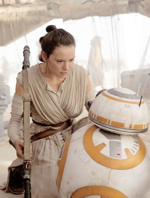.Rey and BB-8 -Star Wars: The Force Awakens.