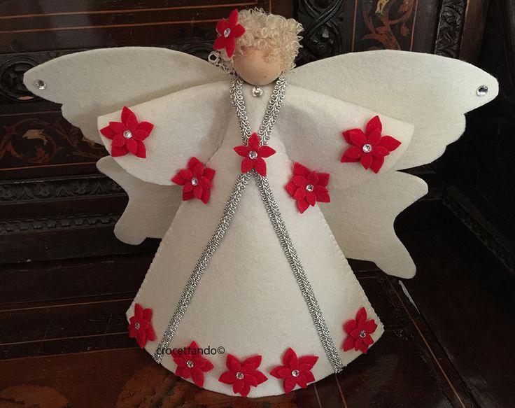Felt Christmas angel by giuseppina ceraso crocettando https://crocettando.wordpress.com/2017/07/02/felt-christmas-angel/