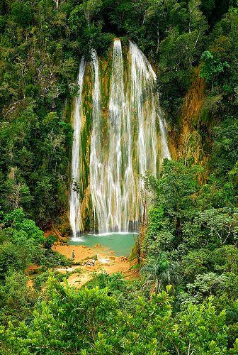 La cascada del Limón (El Limón, Dominican Republic)