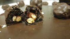 Σοκολατάκια με δαμάσκηνα, αμύγδαλα και σοκολάτα μαύρη | ION Sweets