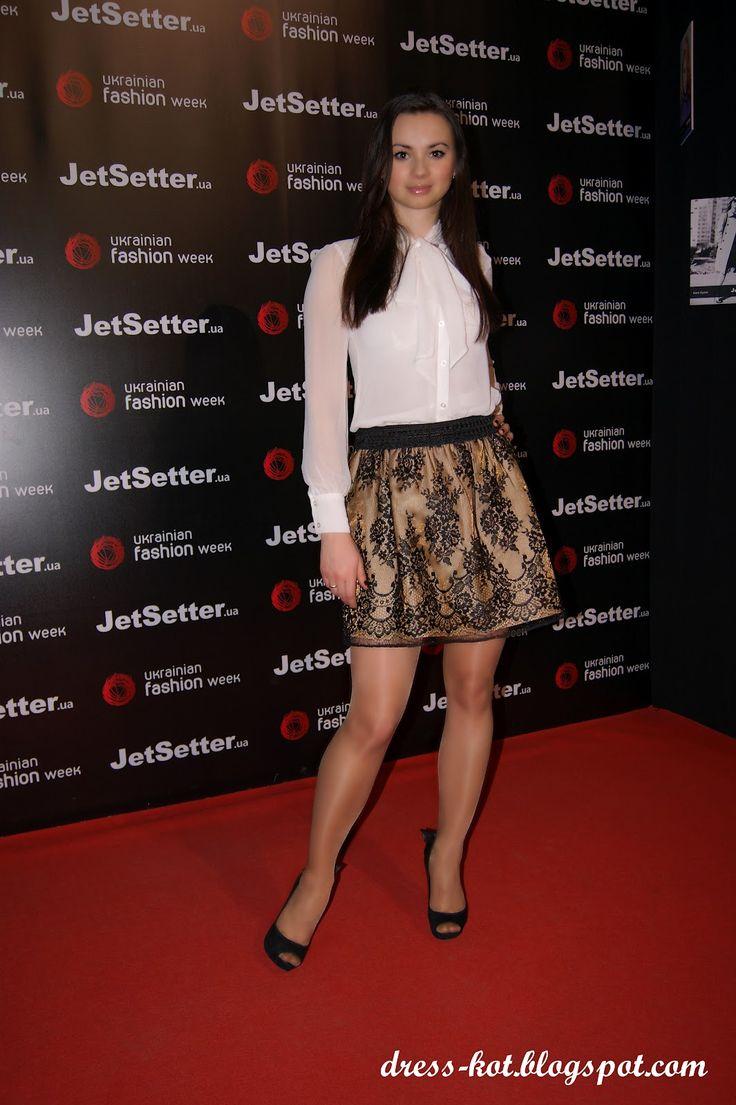 #AnnaMour #fetishpantyhose #pantyhosefetish #legs #heels #blogger #stiletto #tan #pantyhose