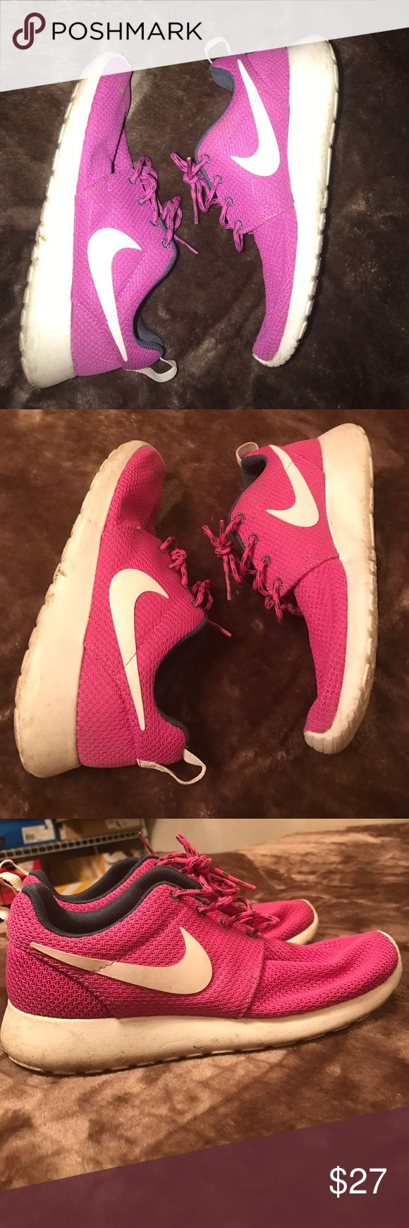 Pink Nike roshes • pink Nike roshes Nike Shoes Sneakers