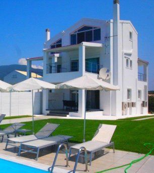 For Sale Villa, Meliteieoi, Chalikounas, 145 sq.m., In plot 2800 sq.m., 3 Bedrooms, 3 Bathrooms, 1 Κitchen/s,  Status: Very Good, Feautures:  Swimming pool,...