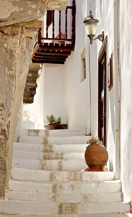 Stairs in Chora, Naxos Island, Greece (by alex.spatari, Via Flickr)