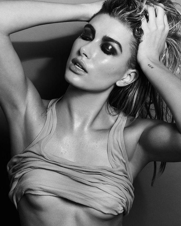 | Hailey Baldwin | http://larevuedekenza.com/