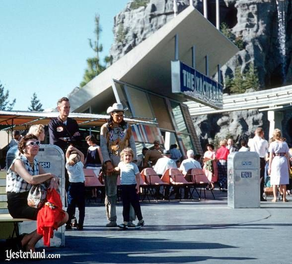 Between the years 1957-1966, Tomorrowland had a hip snack bar called The Yacht Bar. They sold hot dogs, cheeseburgers, hamburgers, and delicious fries for extremely reasonable prices!