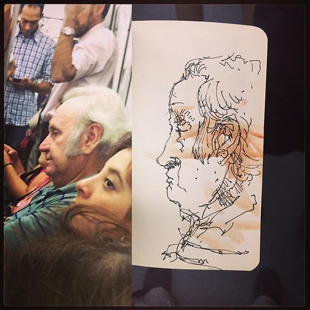 #gentequesedibujaeneltren #dibujar #dibujo #sketch #sketching #sketchbook #drawingonthetrain #boceto #bocetorapido