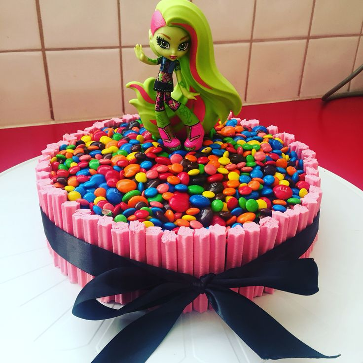 Homemade monster high birthday cake mms