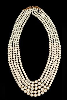 Pearl mala with american diamonds chakri from #Benzer #Benzerworld #malas #wedding #accessories #menswear