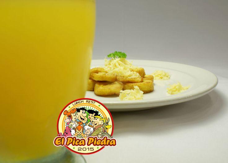 Degusta estos deliciosos Platanitos Fritos -que vienen con Queso- junto a un Juguito de Naranja!! Plato ideal para los pequeños de la casa... #saborCcs #saborMontalbán2 #Yabbadabbadooo2015