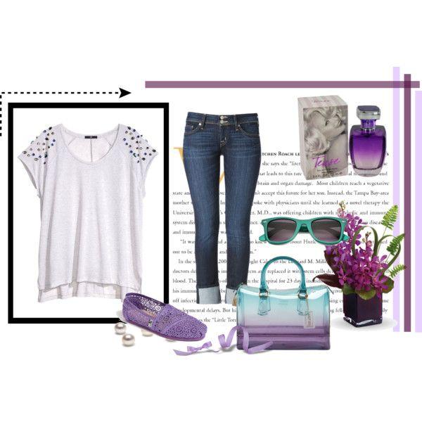 Los colores pastel y una bolsa transparente para un look perfecto! 1.- Tease de Paris Hilton- Eau de Parfum http://fashion.linio.com.mx/a/parishilton