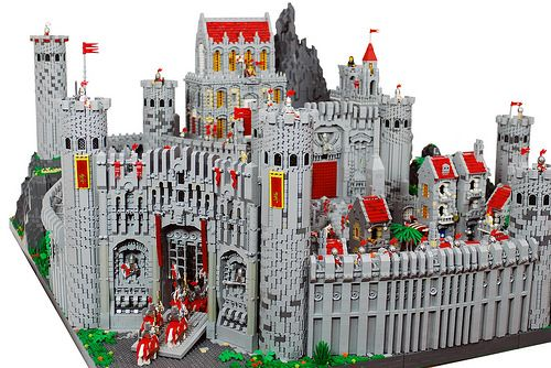 Renrrost is the largest city in the whole kingdom. With its magnificent scenes and well defense, makes itself stand as capital of the kingdom  This Work is made by 卡拉德,a member of Pockyland Fantasy Team