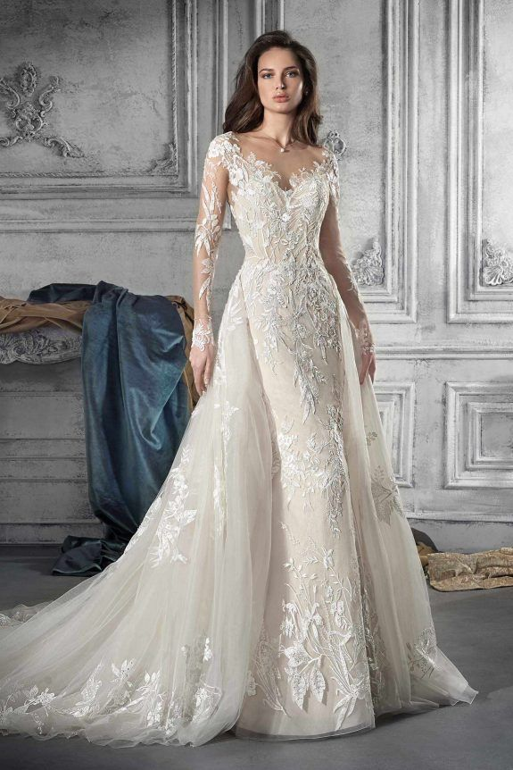c3e549b915b5 Demetrios Wedding Dress Style 766