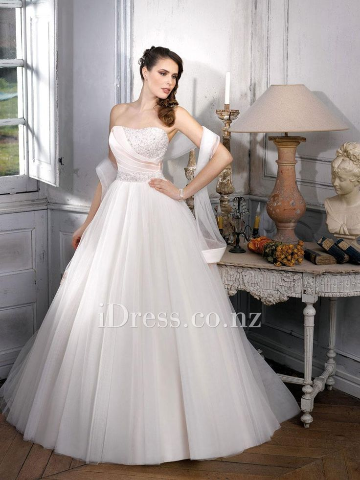 ball gown strapless beaded pleated bodice wedding dress with tulle shawl from idress.co.nz