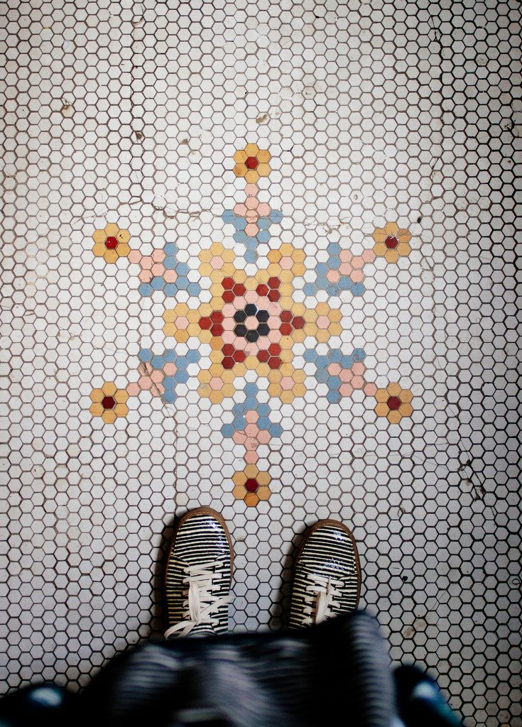 A Gallery of Creative Hex Tile Patterns & Ideas // Primary Colors