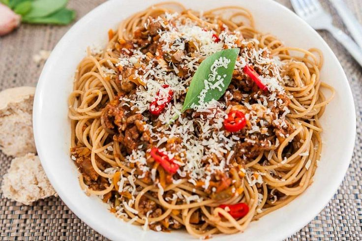 Read our delicious recipe for Super Saucy Bolognese, a recipe from The Healthy Mummy, which is a safe way to lose weight.
