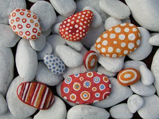 kraslice z kamínků