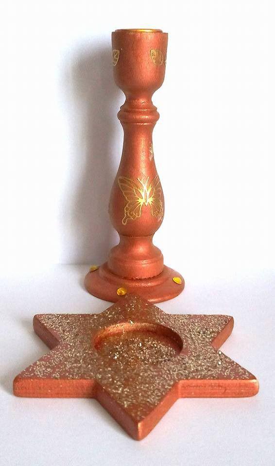 Décorations noël pour table - lot de deux bougeoirs en bois peints à la main - bougeoir étoile et chandelier en bois pailletés : Luminaires par sabrina-riggio