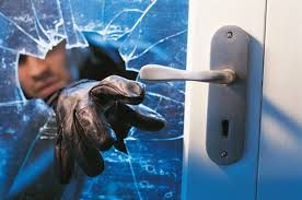 A DIY home security system is a cheap and effective way to secure your home. Our experts review and compare the top selling DIY home security systems.  http://www.thediyhubby.com/home-security-system-reviews/