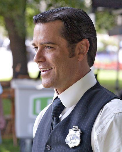 Ah, we've been missing you, Detective Murdoch of the Toronto Constabulary... Bring on Season 10!