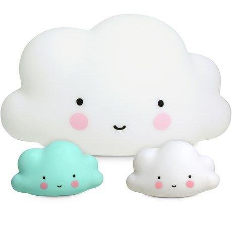 Lys opp rommet med en nydelig sky!