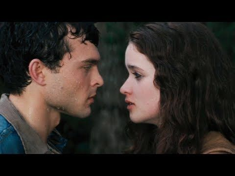 Beautiful Creatures Trailer 2012 - new 2013 Movie - Official [HD]; I'm looking forward to this movie! :)