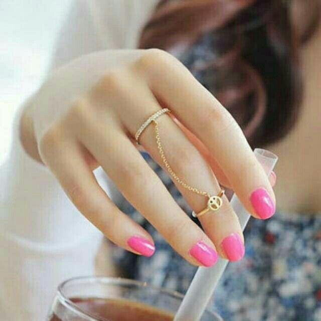 Saya menjual Cincin Korea Best Seller Rings Peace sign decorated double circle design -RBF55D seharga Rp22.000. Dapatkan produk ini hanya di Shopee! https://shopee.co.id/deventostore/44691161 #ShopeeID