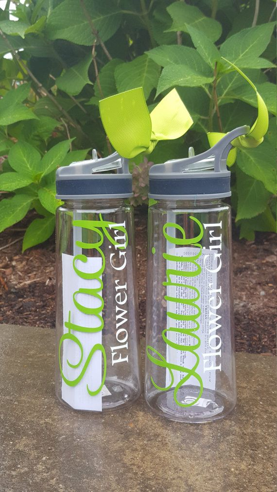 Water Bottle, Free Shipping, Bride, Custom Water bottle, Bridesmaid Gift, Bridesmaids Gift, Team Bride, Flower Girl, Mother of the Bride