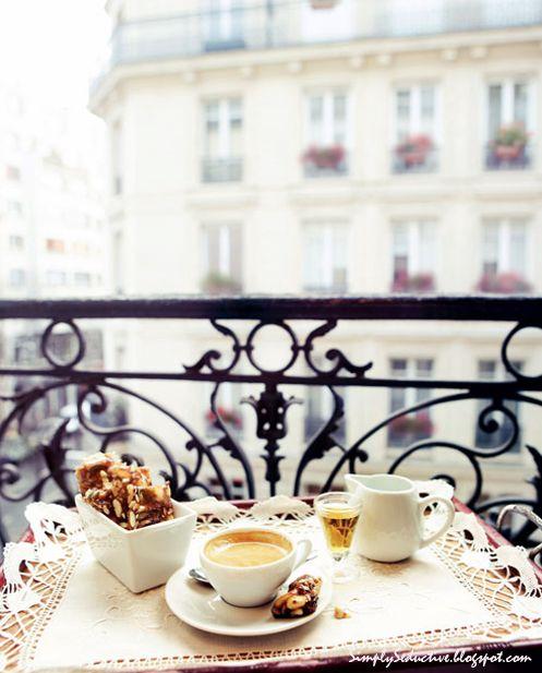 Breakfast in ParisTeas Time, Dreams, French Breakfast, Paris Balconies, Mornings Coffee, France, Places, Terraces, Paris Hotels