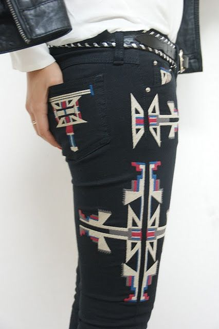 Want! it's hard to find pants with a good pattern/design.  These are awesome!
