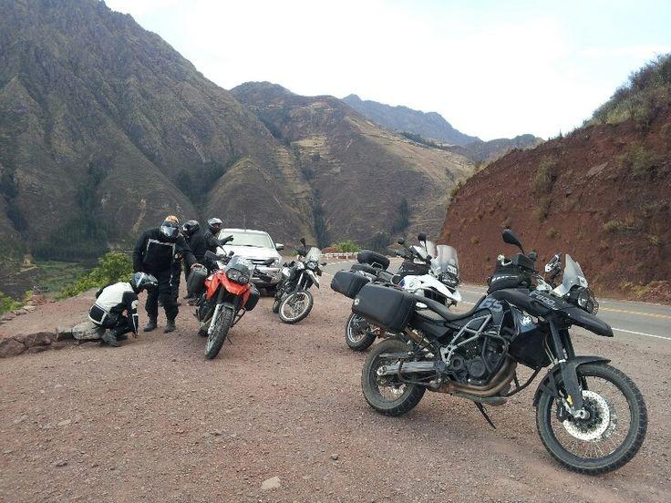 Comenzar un #viaje en #Arica para conocer la ruta que te lleve a #Peru y toda su maravilla histórica debes solo animarte a alistar tu #moto y emprender #camino. http://motoaventura.cl/viajes.php?lang=