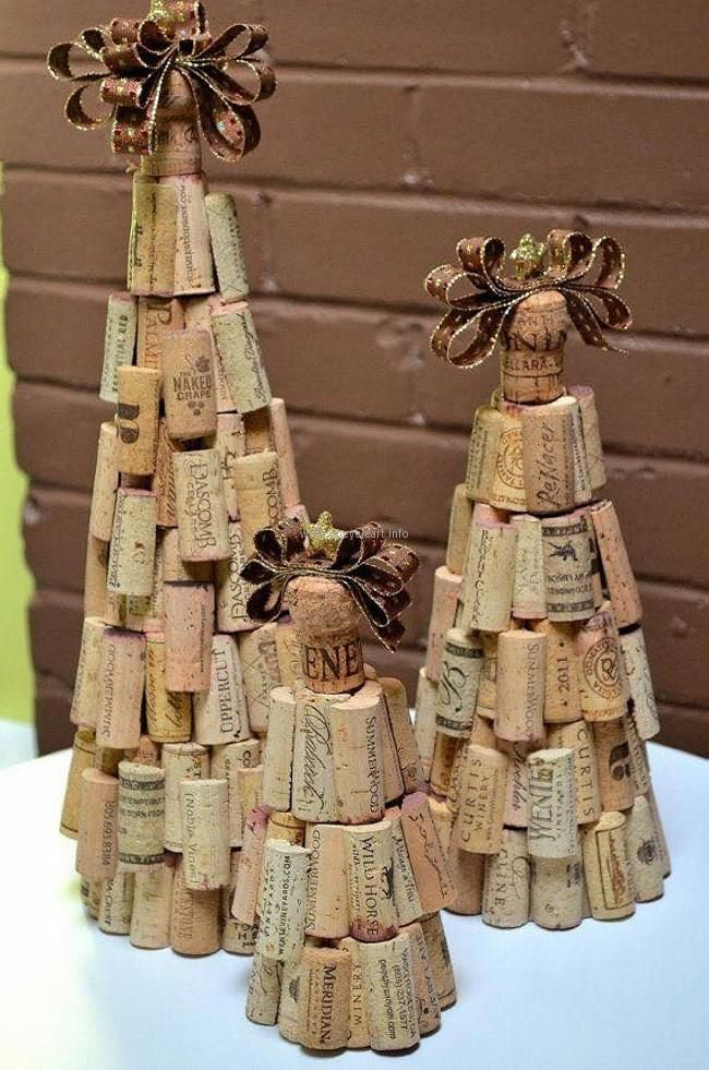 445 best wine themed images on pinterest wine bottle for Crafts with wine bottle corks