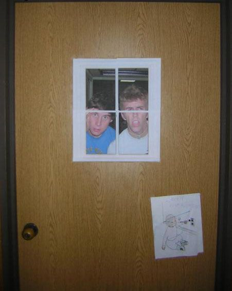 dorm room window optical illusion. LOL @Brittany Couch and I are sooo doing this!