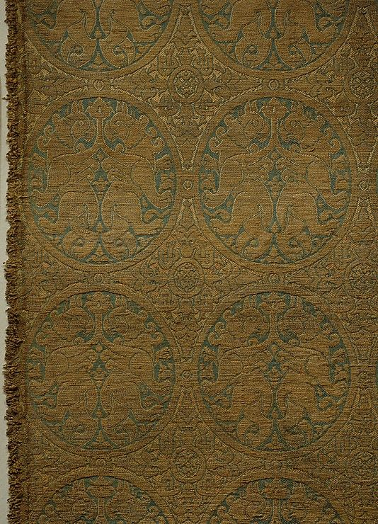 Woven Silk, with Addorsed Griffins in Roundels and Pseudo-Kufic Inscription: