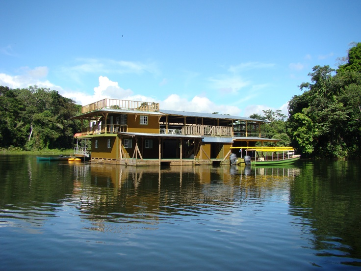 Jungle Land Panama is the only floating Lodge in the ...