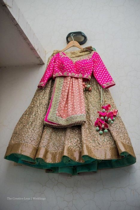 Stunning Gold #Lehenga With Pink #Blouse.