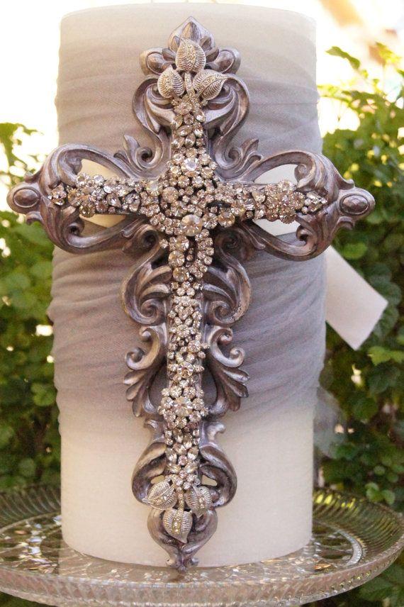 **** Beautiful cross - unlike the original.
