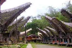 Jual Tiket Pesawat: Desa Kete Kesu Makassar Indonesia  Kete Kesu merupakan desa wisata dengan panorama yang indah dan berada di Kampung Bonoran, Kelurahan Tikunna Malenong, Kecamatan Sanggalangi, Toraja Utara, Provinsi Sulawesi Selatan. Desa wisata ini menyuguhkan sebuah gambaran lengkap kehidupan Tana Toraja yang sangat menjunjung tinggi nilai adat istiadat. - See more at: http://tiketpesawatklaten.blogspot.com/2014/06/desa-kete-kesu-makassar-indonesia.html#sthash.aLXBzC2P.dpuf