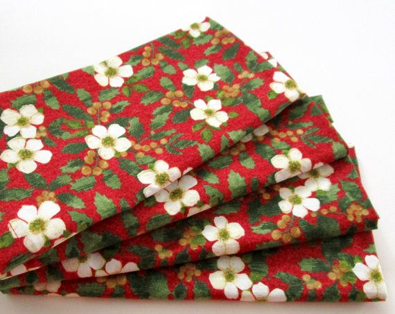 Cloth Napkins - Set of 4 - Christmas - White, Red, Green, Gold- Everyday, Dinner, Table