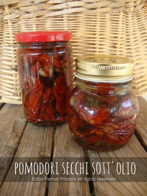 Ogni riccio un pasticcio - Blog di cucina: Pomodori secchi sott'olio (in 4 modi)