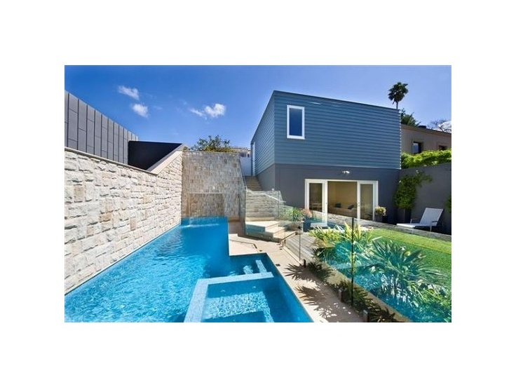 modern garden, swimming pool landscapes - http://www.homehound.com.au/home+style/detail.php?id=159318#