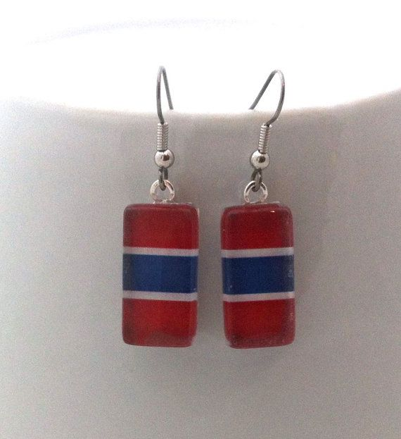 rectangle earrings: Blue, red, white. For fans of the Montreal hockey team